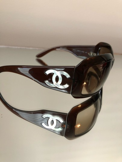 CHANEL Sunglasses CHANEL Mother of Pearl Image 2