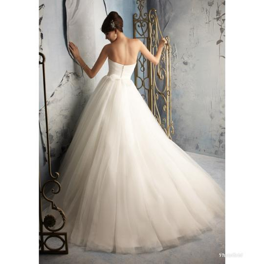 Mori Lee Ivory 5172 Modern Wedding Dress Size 10 (M) Image 2