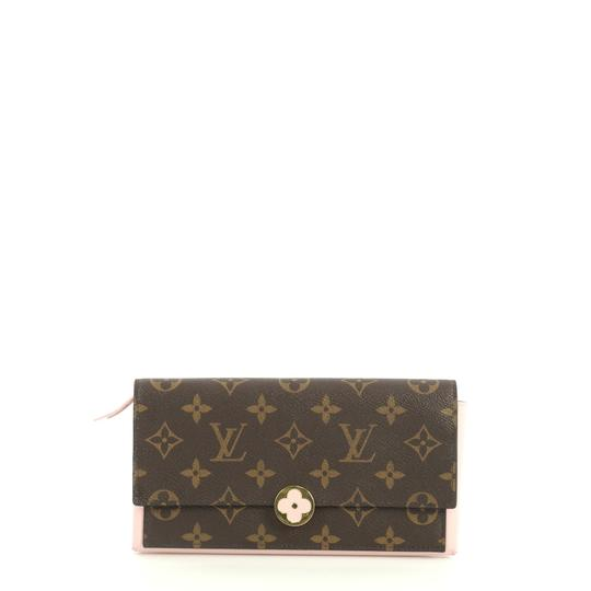 Preload https://img-static.tradesy.com/item/25834646/louis-vuitton-flore-wallet-brown-monogram-canvas-wristlet-0-0-540-540.jpg