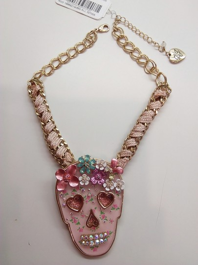 Betsey Johnson Betsey Johnson New Pink Skull Necklace & 3 Sets of Studs Image 1
