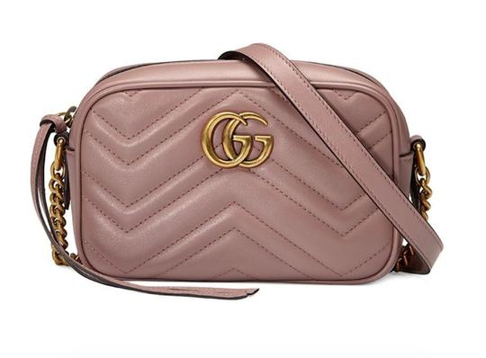 Preload https://img-static.tradesy.com/item/25835426/gucci-camera-marmont-new-matelasse-gg-quilted-purse-nude-dusty-beige-leather-cross-body-bag-0-0-540-540.jpg