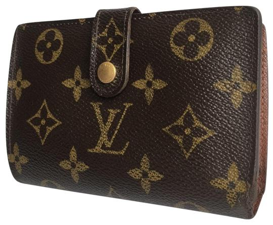 Preload https://img-static.tradesy.com/item/25838655/louis-vuitton-brown-porte-monnaie-viennois-kisslock-wallet-0-1-540-540.jpg