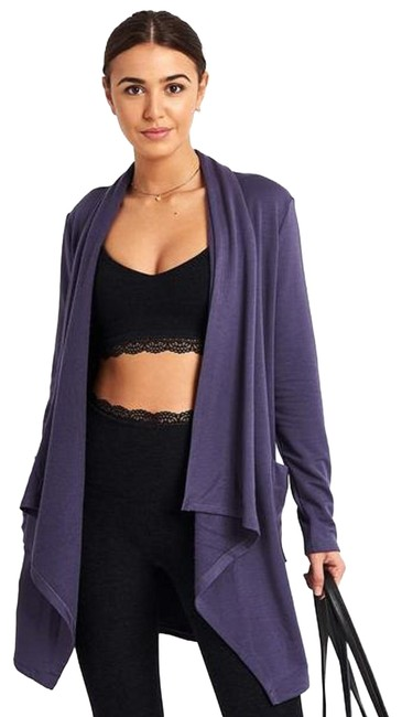 Preload https://img-static.tradesy.com/item/25838920/beyond-yoga-purple-drape-front-wrap-cardigan-activewear-top-size-12-l-0-1-650-650.jpg