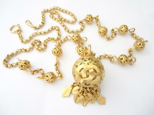 chanel Chanel CC logo Round charm dangle pendant long chain necklace &belt Image 3