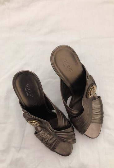 Gucci metallic bronze with gold logo Formal Image 7