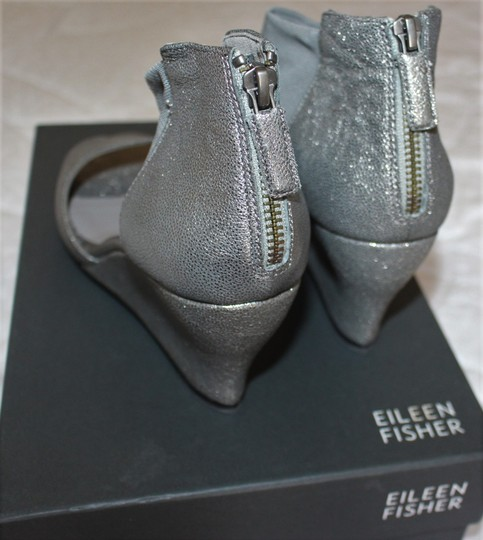 Eileen Fisher Crossover Sandal Metallic Memory Foam Pewter Wedges Image 4