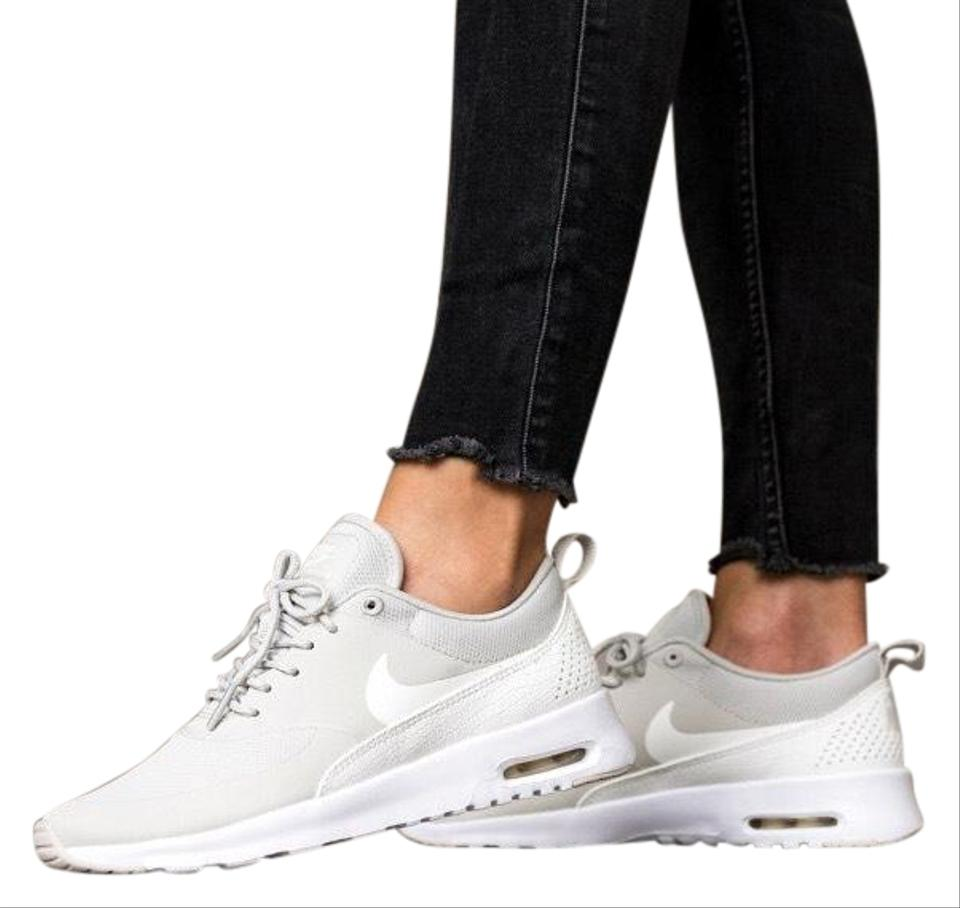 le dernier 32eab 7fc3a Nike Women's Air Max Thea Light Is Equipped with Comfortable Cushioning and  Is Designed with A Sleek For Sneakers Size US 8.5 Narrow (Aa, N) 45% off ...
