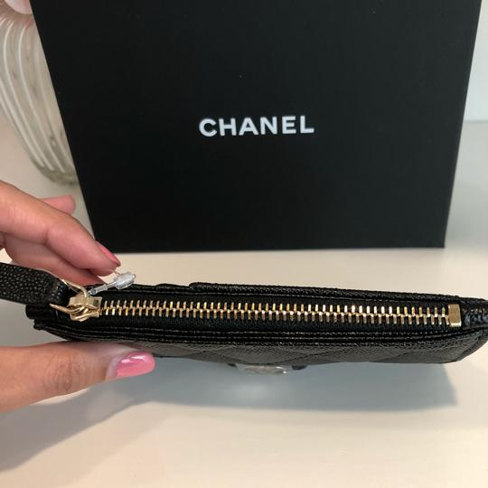 Chanel NEW Chanel Grained Calfskin Caviar Classic Card Holder Gold Metal 19B Image 4