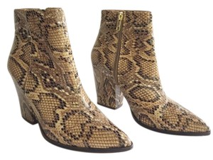 c2710b2a582 Multicolor Steve Madden Boots & Booties Up to 90% off at Tradesy