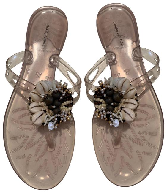 Item - Clear Beige Jelly Thongs with Shell Decorations Sandals Size US 8 Regular (M, B)