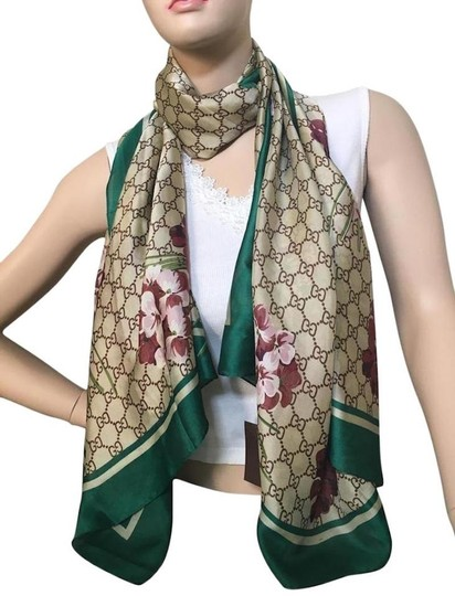 Preload https://img-static.tradesy.com/item/25843573/gucci-green-floral-and-gg-pattern-scarfwrap-0-0-540-540.jpg