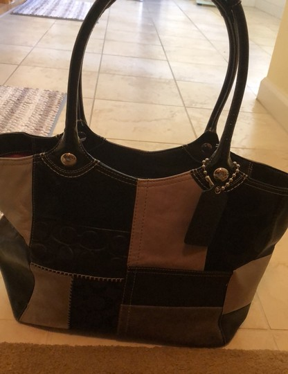 Coach Tote in black & grey Image 11