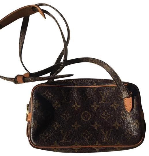 Preload https://img-static.tradesy.com/item/25844517/louis-vuitton-marly-cross-body-bag-0-1-540-540.jpg
