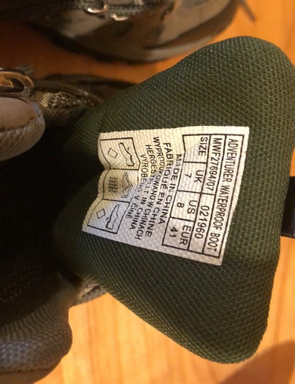 mountain wearhouse olive green Athletic Image 4