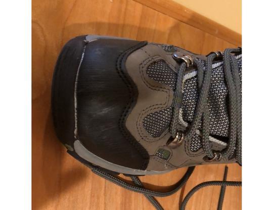 mountain wearhouse olive green Athletic Image 5