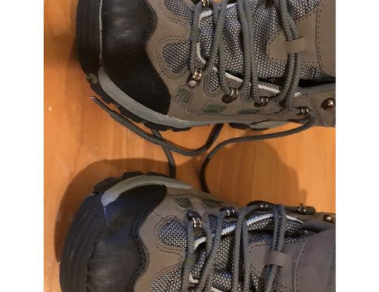 mountain wearhouse olive green Athletic Image 6