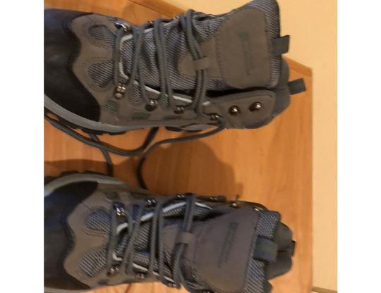 mountain wearhouse olive green Athletic Image 7
