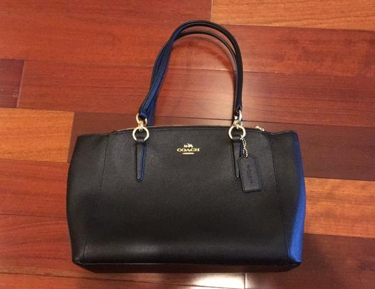 Coach Leather Crossbody Strap Satchel in Black with gold hardware Image 1