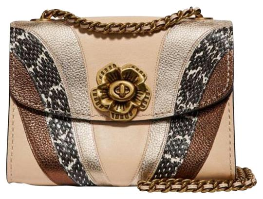 Preload https://img-static.tradesy.com/item/25844859/coach-parker-18-with-wave-patchwork-and-snakeskin-detail-leather-cross-body-bag-0-1-540-540.jpg