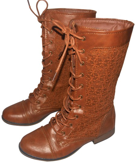 Preload https://img-static.tradesy.com/item/25845273/forever-21-brown-granny-style-lace-up-bootsbooties-size-us-75-regular-m-b-0-1-540-540.jpg