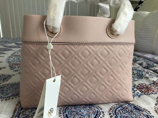 Tory Burch Tote in Pink Image 1