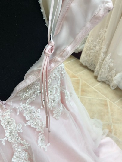 Anjolique Ice Pink Lace and Tulle Bridal Gown Casual Wedding Dress Size 6 (S) Image 6