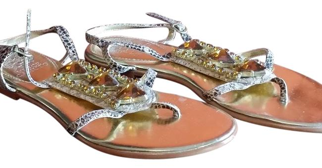 Vince Camuto Tan Nwob Metallic Leather with Jewels 7.5m Sandals Size US 7.5 Regular (M, B) Vince Camuto Tan Nwob Metallic Leather with Jewels 7.5m Sandals Size US 7.5 Regular (M, B) Image 1