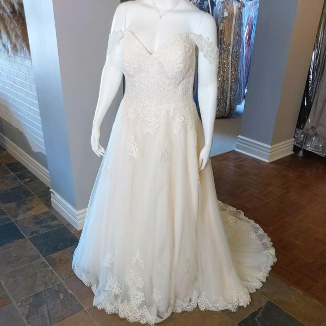 Item - Ivory/Almond Lace Tulle 6684 Feminine Wedding Dress Size 24 (Plus 2x)