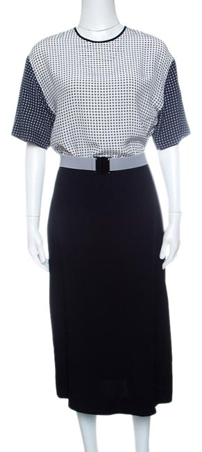 Preload https://img-static.tradesy.com/item/25851287/victoria-victoria-beckham-navy-blue-and-white-printed-bodice-m-mid-length-short-casual-dress-size-8-0-1-650-650.jpg