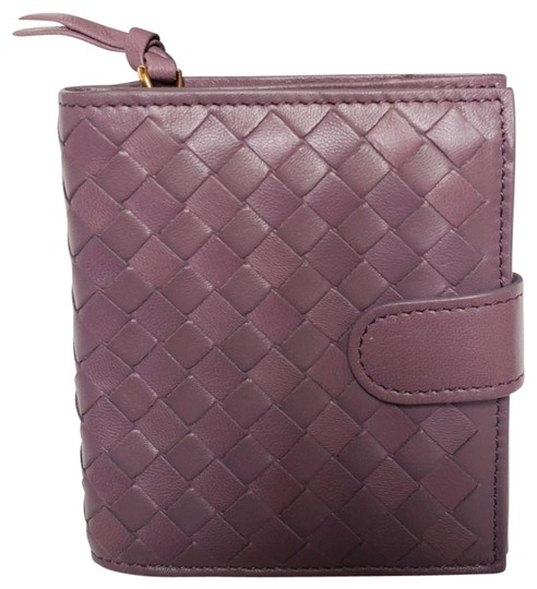 Preload https://img-static.tradesy.com/item/25852369/bottega-veneta-lilac-intrecciato-nappa-mini-wallet-0-6-540-540.jpg