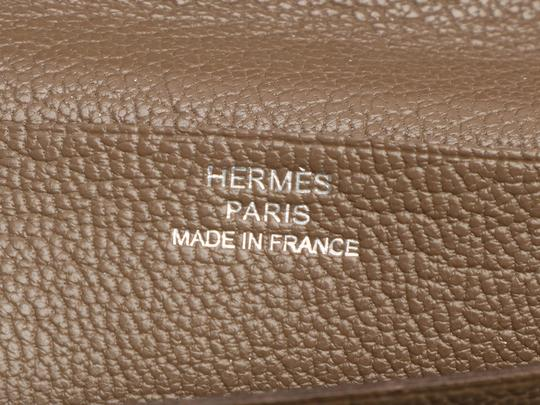 Hermès ETOUPE CHEVRE GOATSKIN LEATHER BEARN WALLET Image 8