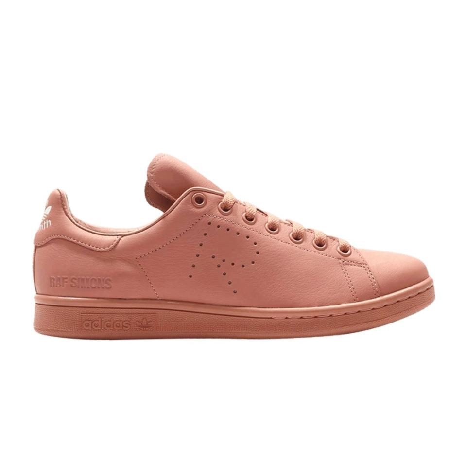 new products 5d588 dec44 Ash Pink Stan Smith Sneakers