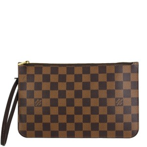 Louis Vuitton Damier Canvas Leather Classic Chic Wristlet