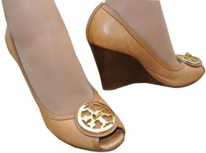 Tory Burch Tt Logo Medallions Pumps Heels Sophie Royal Tan Wedges