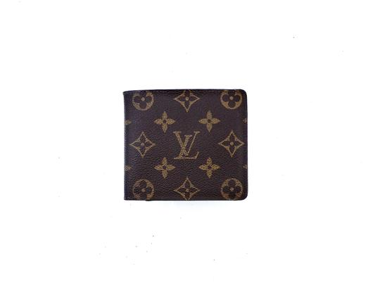 Preload https://img-static.tradesy.com/item/25853636/louis-vuitton-brown-mens-vintage-marco-monogram-canvas-leather-bifold-mens-france-wallet-0-0-540-540.jpg