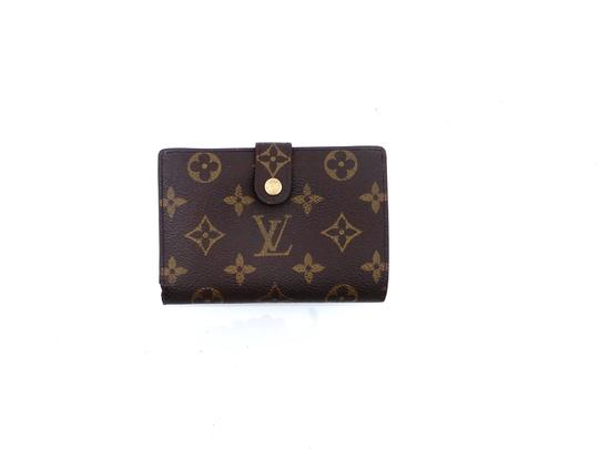 Preload https://img-static.tradesy.com/item/25853675/louis-vuitton-brown-clutch-monogram-canvas-leather-french-compact-snap-wallet-0-0-540-540.jpg