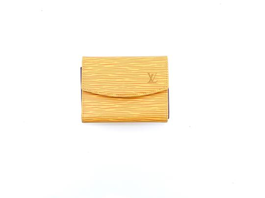 Preload https://img-static.tradesy.com/item/25854114/louis-vuitton-yellow-porte-porte-monnaie-simple-epi-coated-leather-coin-purse-wallet-0-0-540-540.jpg