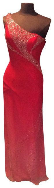 Item - Red 88031 Long Formal Dress Size 6 (S)