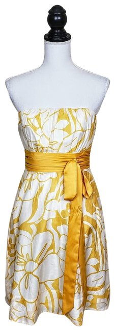 Preload https://img-static.tradesy.com/item/25854657/the-limited-yellow-white-floral-mid-length-cocktail-dress-size-4-s-0-1-650-650.jpg