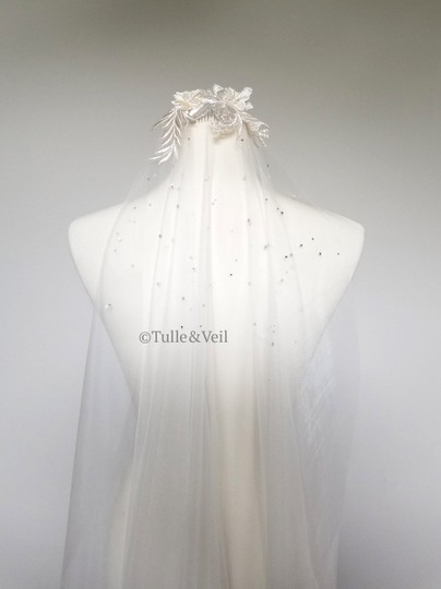 Ivory Long Cathedral - Finley Bridal Veil Image 2