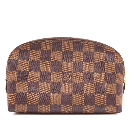 Preload https://img-static.tradesy.com/item/25854784/louis-vuitton-31761-vanity-cosmetic-evening-beauty-pouch-brown-damier-ebene-canvas-clutch-0-1-540-540.jpg