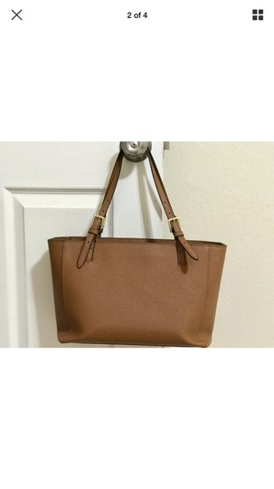 Tory Burch Tote in Tan Image 1