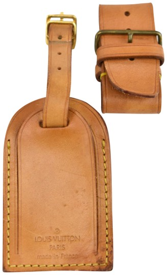 Preload https://img-static.tradesy.com/item/25854823/louis-vuitton-tan-keepall-and-vachetta-leather-luggage-tag-set-mz-0-1-540-540.jpg