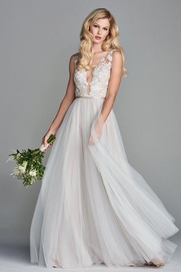 Preload https://item5.tradesy.com/images/wtoo-ivory-soft-netting-polyester-lining-juno-feminine-wedding-dress-size-4-s-25854834-0-0.jpg?width=440&height=440