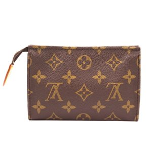 Louis Vuitton Monogram Pouch Flat Cosmetic brown Clutch
