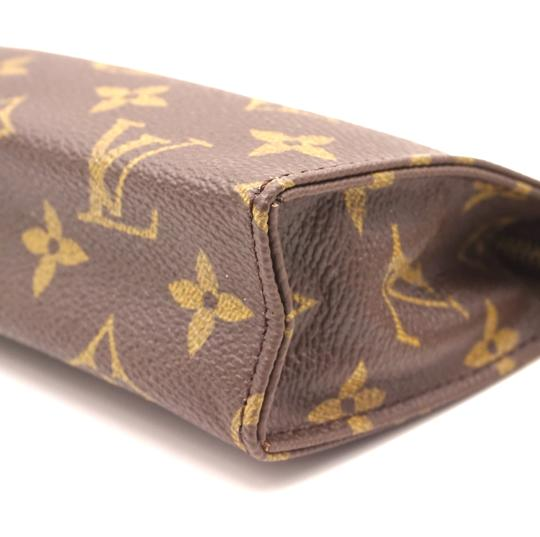 Louis Vuitton Monogram Pouch Flat Cosmetic brown Clutch Image 11