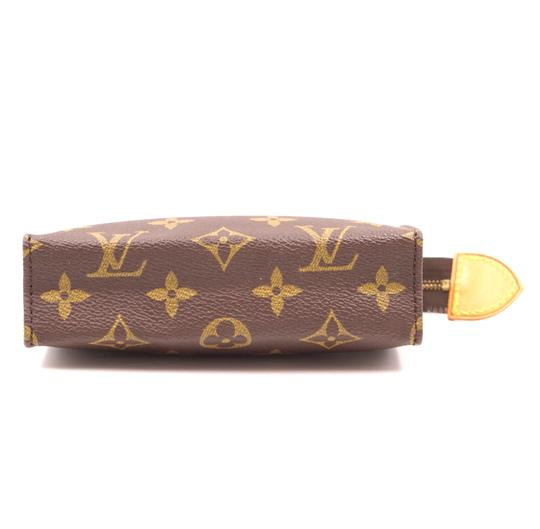 Louis Vuitton Monogram Pouch Flat Cosmetic brown Clutch Image 3