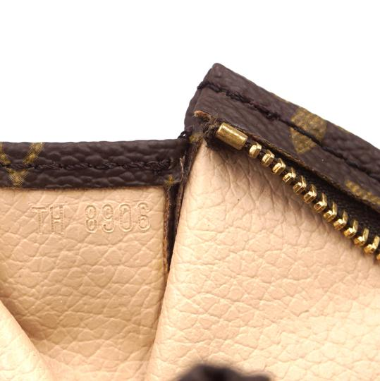 Louis Vuitton Monogram Pouch Flat Cosmetic brown Clutch Image 4