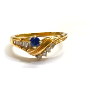 DeWitt's BEAUTIFUL!! GENUINE DEWITT ESTATE COLLECTION!! 14 Karat Yellow Gold, Diamond and Blue Sapphire Ring