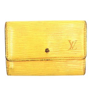 c9551728 Louis Vuitton 6 Key Holders - Up to 70% off at Tradesy